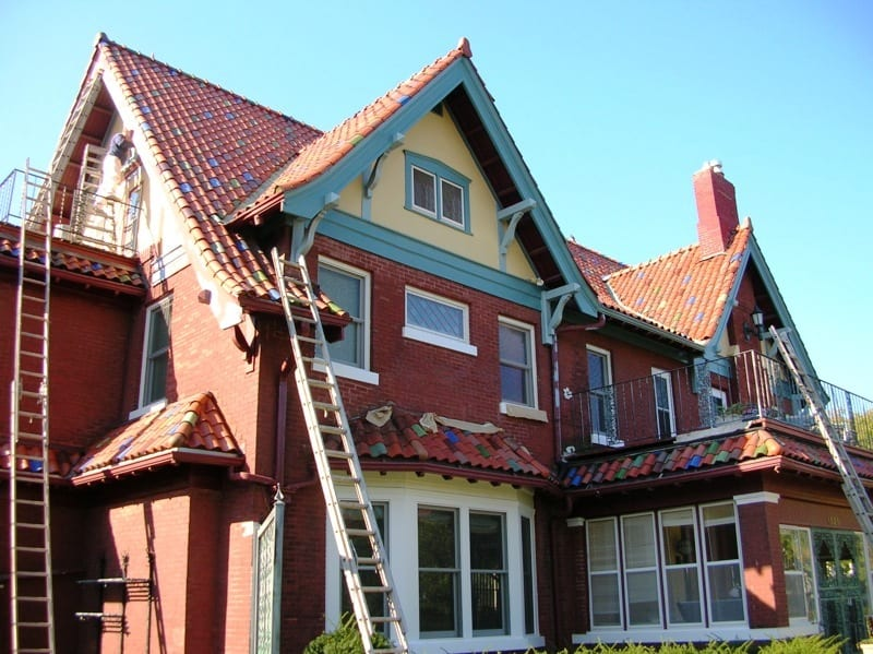 Exterior painting company for residential properties in Minneapolis, MN